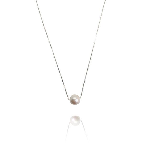 Sliding Japanese Akoya Pearl Necklace | Lullu